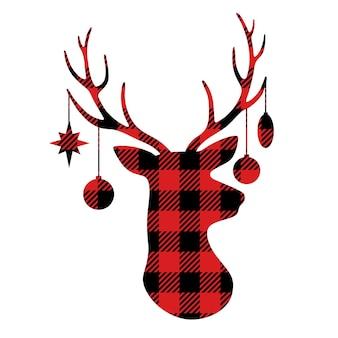 Christmas buffalo plaid deer deer avec des jouets de noël suspendus à des bois
