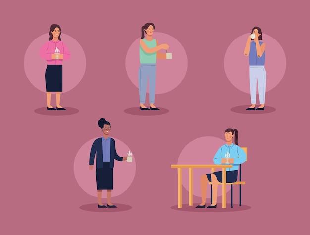 Cinq femmes en pause-café