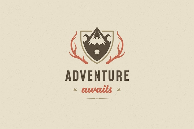 Citer la typographie avec le symbole de roche de montagne dessiné à la main pour carte de voeux ou affiche et autre.