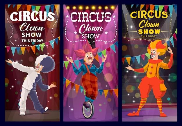 Clowns de cirque shapito et personnages arlequins