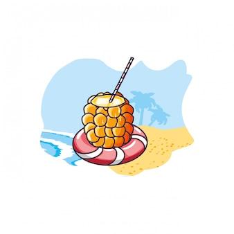 Cocktail d'ananas avec flotteur à la plage