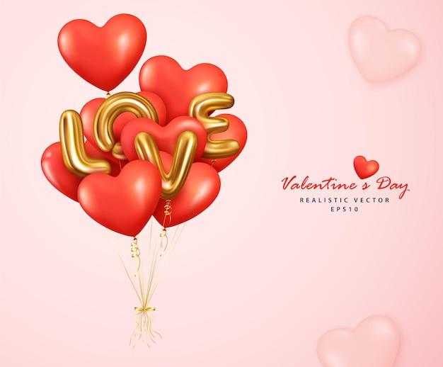 Coeur de ballons rouges romantiques et lettre d'amour