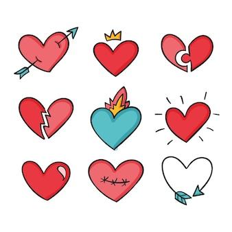 Coeurs colorés de style dessiné à la main