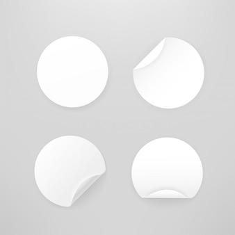 Collection d'autocollants circulaires en papier blanc vierge