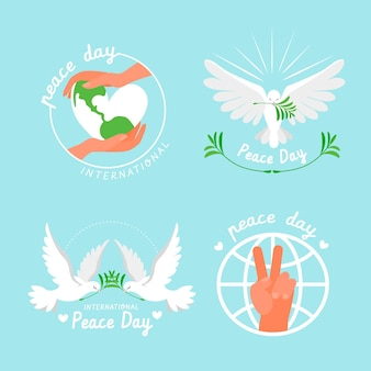 Collection de badges de la journée internationale de la paix dessinés à la main