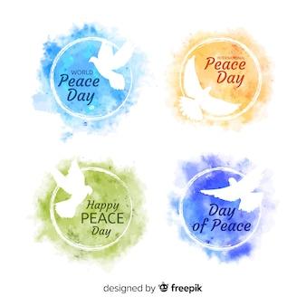 Collection de badges pour la journée internationale de la paix à l'aquarelle