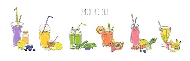 Collection de boissons gazeuses rafraîchissantes colorées dans des verres et des bocaux avec des pailles et des ingrédients