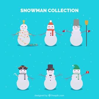Collection de bonhommes de neige avec différents chapeaux