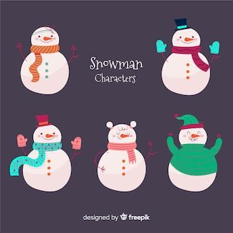Collection de bonhommes de neige mignons avec des vêtements d'hiver