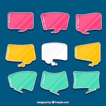 Collection de la bulle de la parole de couleur dessinée à la main