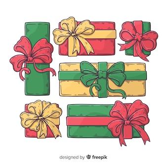 Collection de cadeaux de noël dessinés à la main coloré