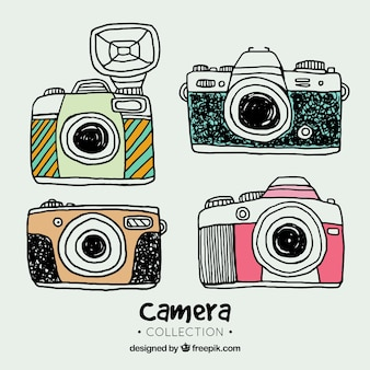 Collection de caméra dessinée à la main colorée