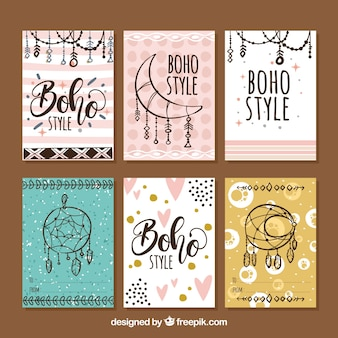 Collection de cartes boho dans un style dessiné à la main