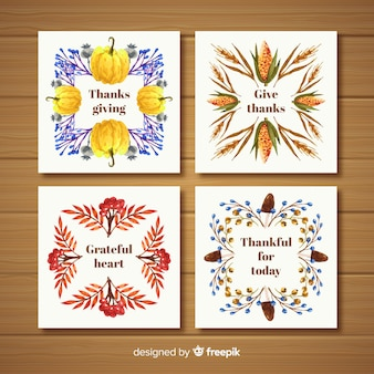 Collection de cartes happy thanksgiving au design plat avec cadre d'éléments automne