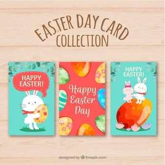Collection de cartes de pâques avec des oeufs colorés