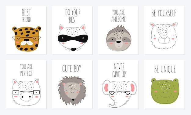 Collection de cartes postales vectorielles avec des animaux mignons de griffonnage et une phrase de motivation