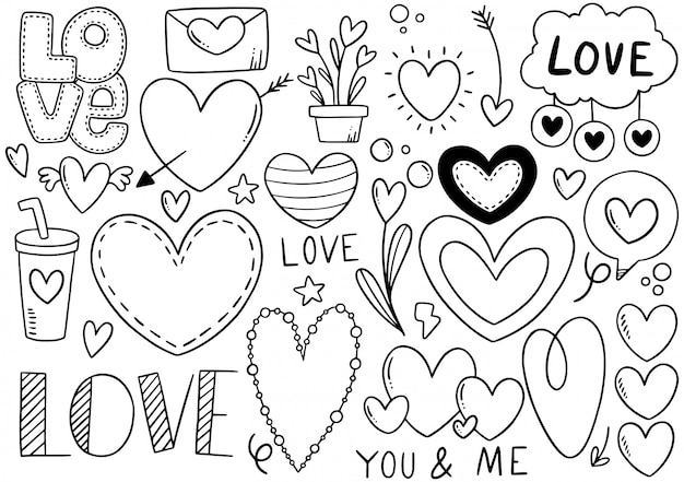 Collection de coeur doodle dessiné à la main