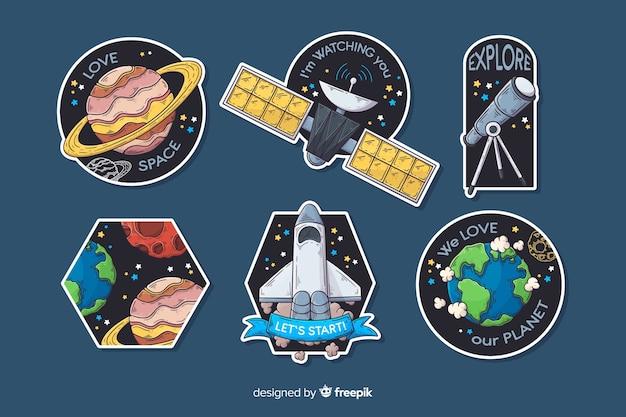 Collection dessinée d'autocollants de l'espace à la main