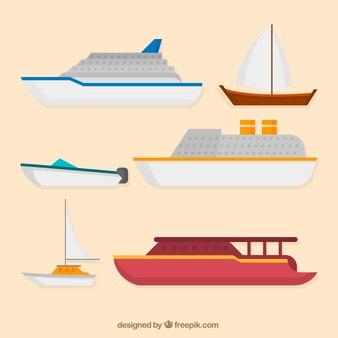 Collection de divers bateaux