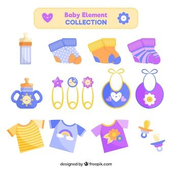 Collection d'éléments de bébé dans un style plat