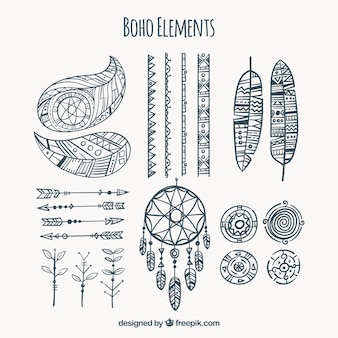 Collection d'éléments de boho dessinés à la main