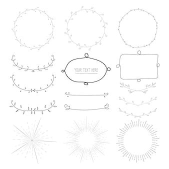 Collection d'éléments calligraphiques décoratifs dessinés à la main, éclats de rayons, couronnes, cadre rond botanique, illustration vectorielle.