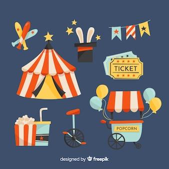 Collection d'éléments de cirque dessinés à la main