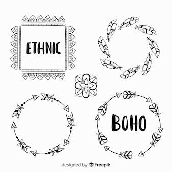 Collection d'éléments décoratifs boho dessinés à la main