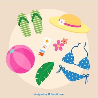 Collection d'éléments d'été avec des vêtements dans un style plat