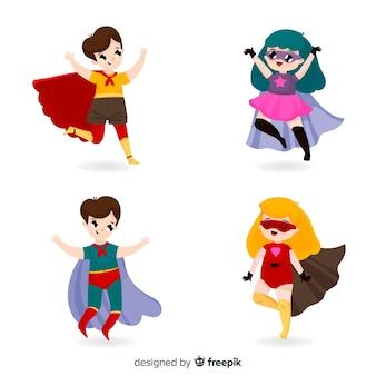 Collection d'enfants habillés en super-héros
