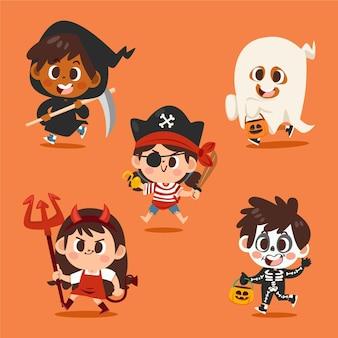 Collection d'enfants halloween plats dessinés à la main en costumes