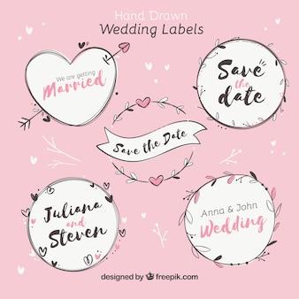 Collection d'étiquettes / insignes de mariage dessinés à la main
