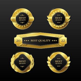 Collection d'étiquettes de luxe dorées réalistes