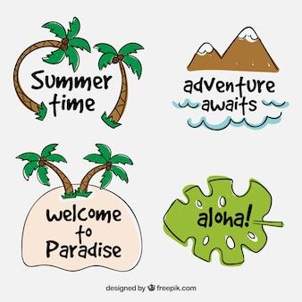 Collection d'étiquettes de voyage d'été dessinée à la main