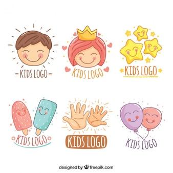 Collection impressionnante de logos d'enfants dessinés à la main