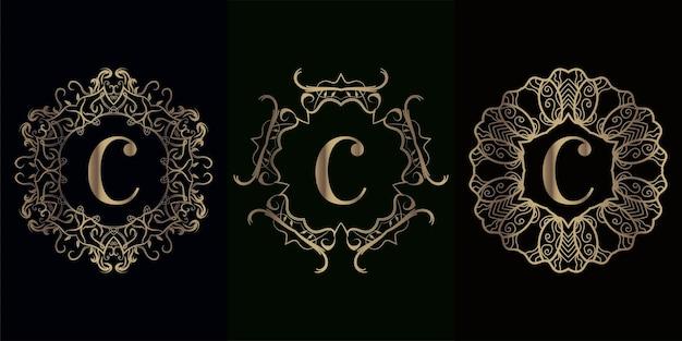 Collection de logo initial c avec cadre d'ornement de mandala de luxe