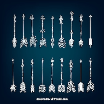 Collection de main ethniques dessiné flèches