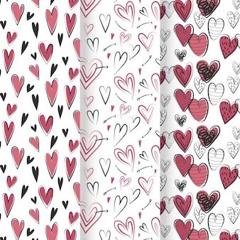 Collection de motifs coeur dessinés à la main