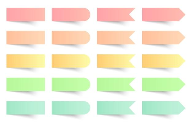Collection de notes autocollantes colorées sur fond blanc.