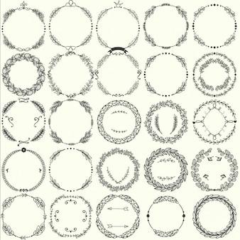 Collection of vector round cadres de handdrawn floraux