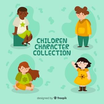 Collection de personnages heureux enfants au design plat