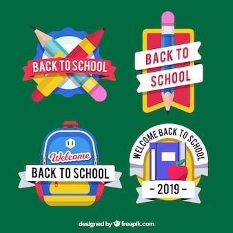 Collection de quatre étiquettes de retour à l'école