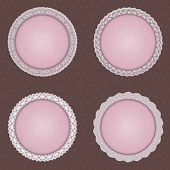 Une collection de quatre frontières circulaires détaillées