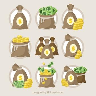 Collection de sac avec des billets de banque et des pièces de monnaie