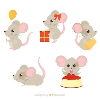 Collection de souris dessinés à la main mignons