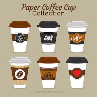 Collection de tasses à café en papier plat