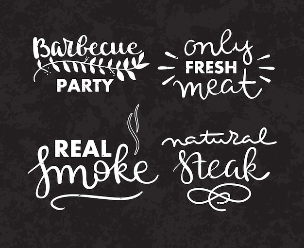 Collection de texte dessiné à la main des aliments grillés, saucisses, poulet, frites, steaks, poisson