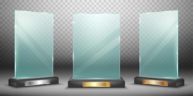 Collection de trophées en verre