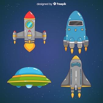 Collection de vaisseaux spatiaux dessinés à la main colorée