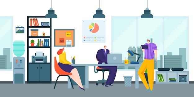 Collègues dans les bureaux travaillant sur des idées créatives
